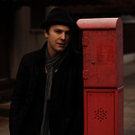 View artist Gavin DeGraw