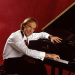 View artist Richard Clayderman