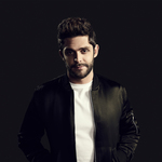 View artist Thomas Rhett