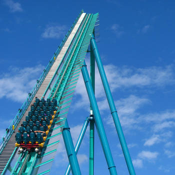 Thrills! 2014 Canada's Wonderland Video Ride Guide LOGO-APP點子
