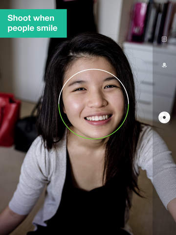 Smile Cam - Take Photo When People Are Smiling, Smile Detection screenshot 6